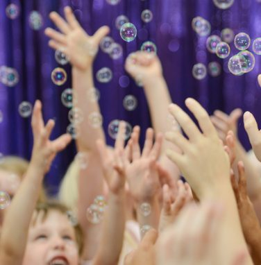 bubbles and disco at mr banana head children's party 2
